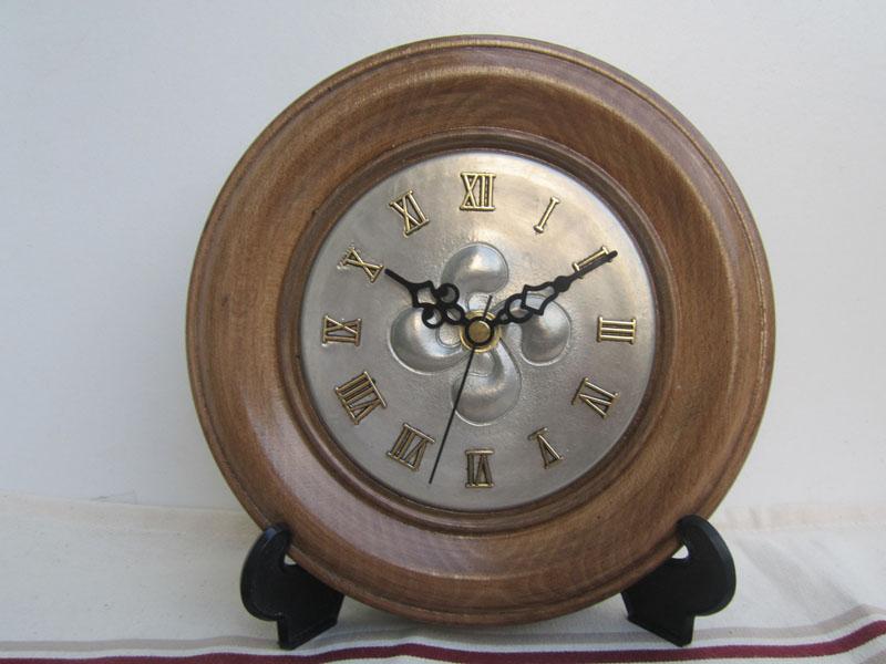 traditions horloges et pendules. Black Bedroom Furniture Sets. Home Design Ideas
